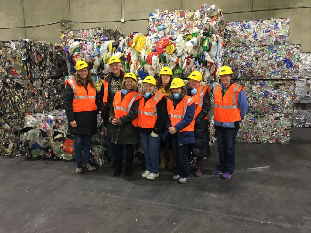 group-lakeshore-recycling-field-trip