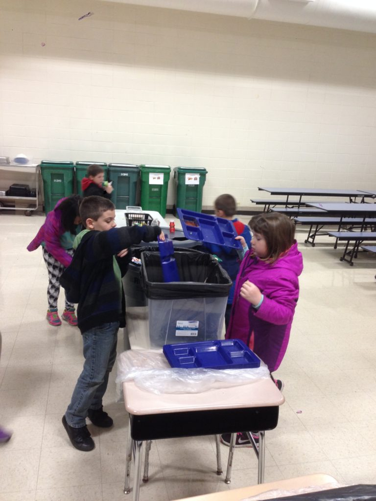 schafer school students-sorting-waste-5